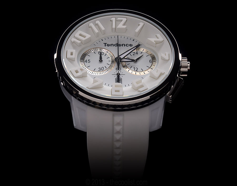 Tendence-White-on-White—900