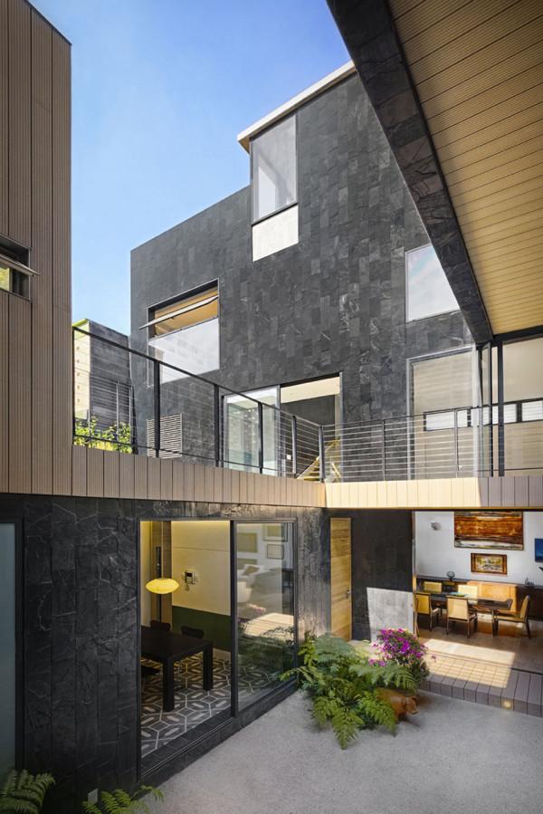Casa CorManca by PAUL CREMOUX Studio 2 600x899 Casa CorManca and the Living Green Wall