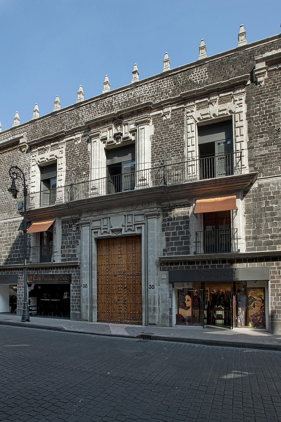DOWNTOWN Mexico City Hotel (2)
