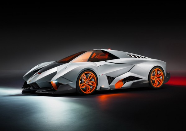 Lamborghini Egoista Concept 600x423 Lamborghini Egoista Concept