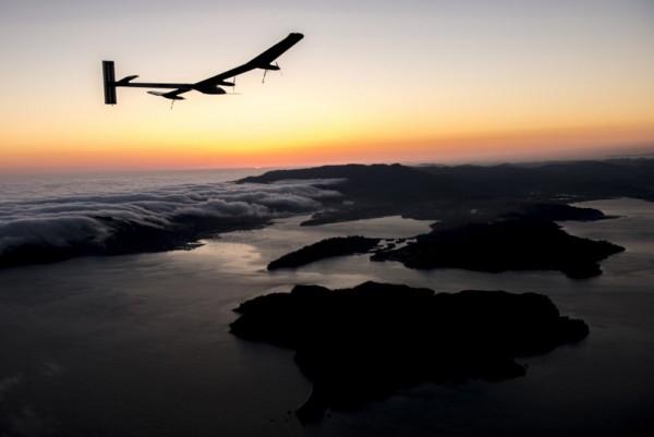 Solar Impulse Solar Powered Record Flight 3 600x401 Solar Impulse Solar Powered Record Flight