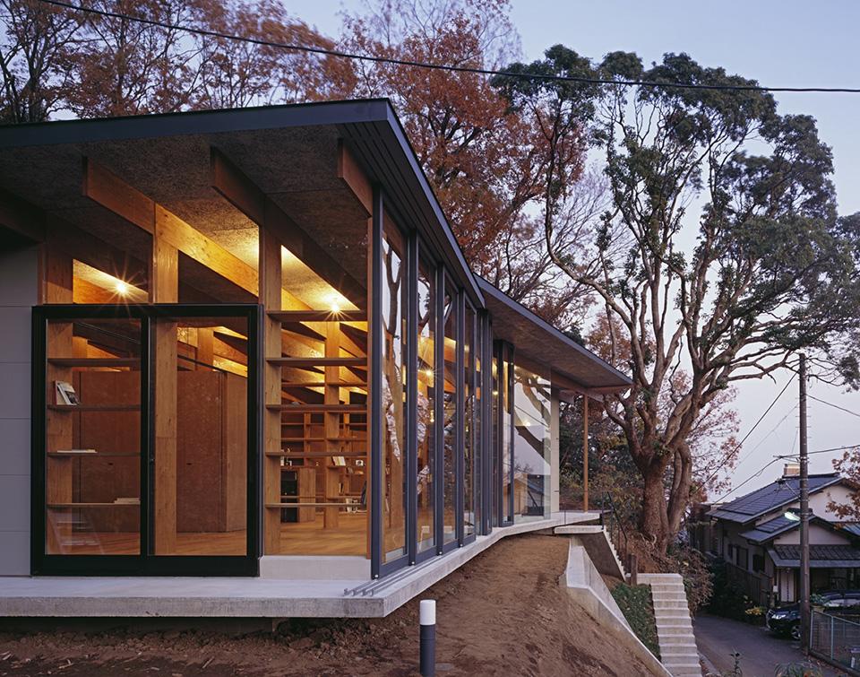 Geo Metria House by Mount Fuji Architects Studio 13