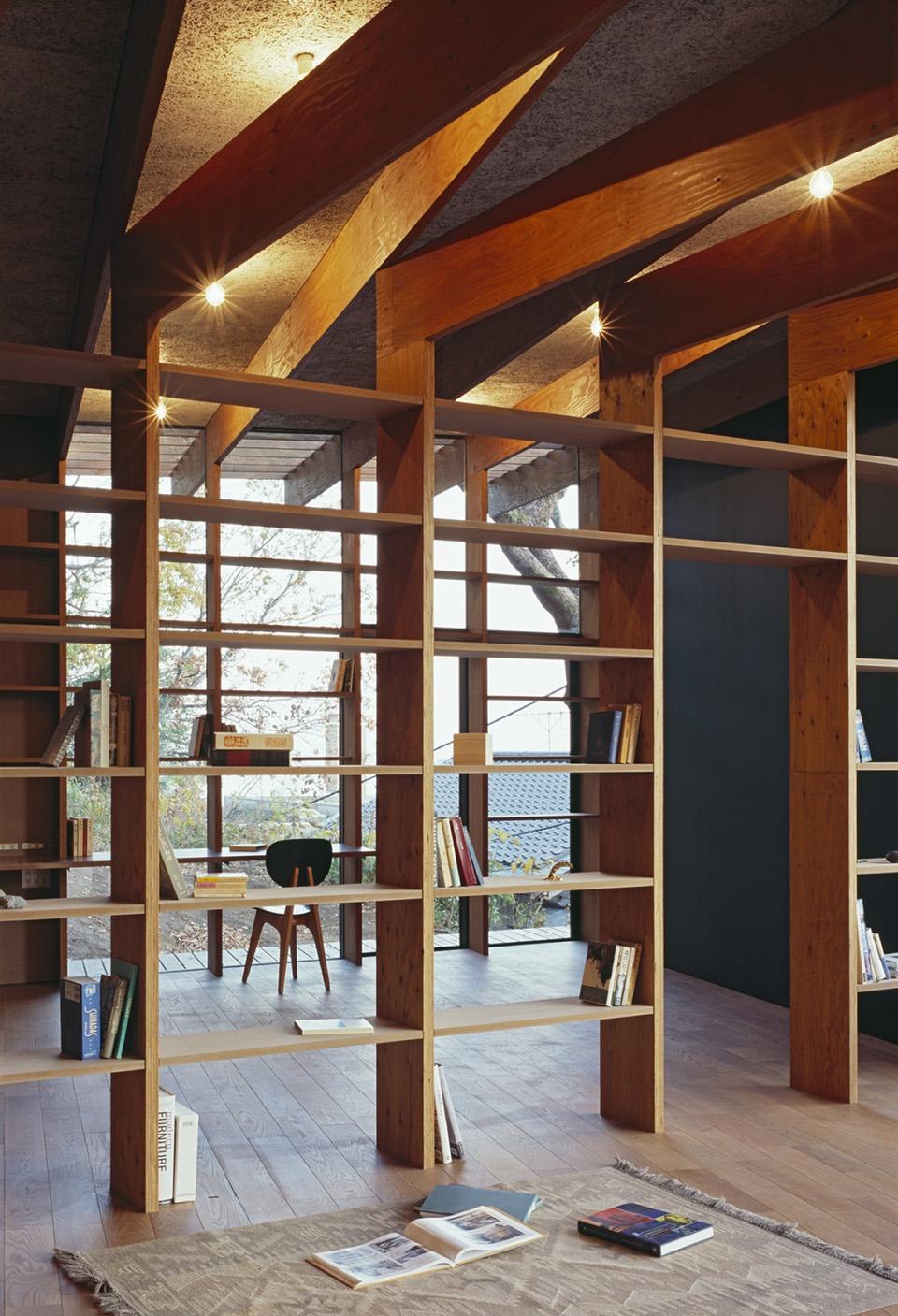 Geo Metria House by Mount Fuji Architects Studio 16