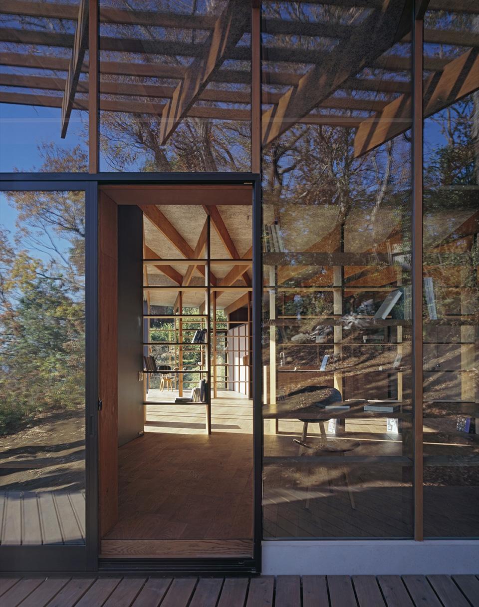 Geo Metria House by Mount Fuji Architects Studio 18