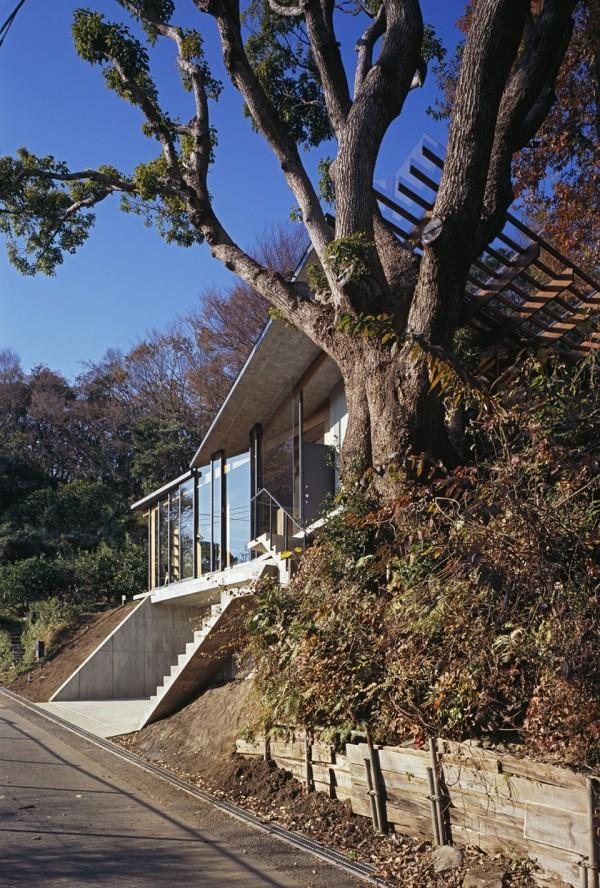Geo Metria House by Mount Fuji Architects Studio 3