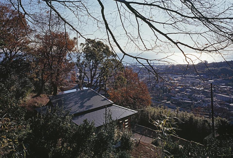 Geo Metria House by Mount Fuji Architects Studio 7