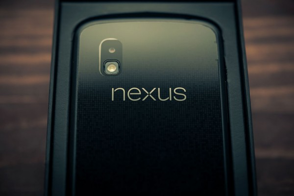 Google-Nexus-4-Review-6-styled
