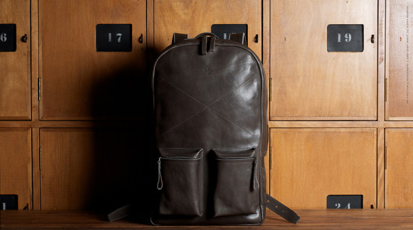 Hard Graft Old School Laptop Rucksack 11 600x334 Hard Graft Old School Laptop Rucksack