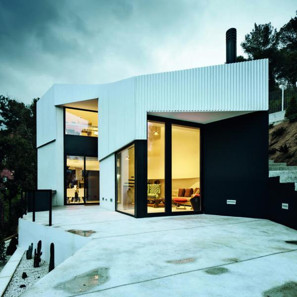 L'Ametlla House by Mirag 1