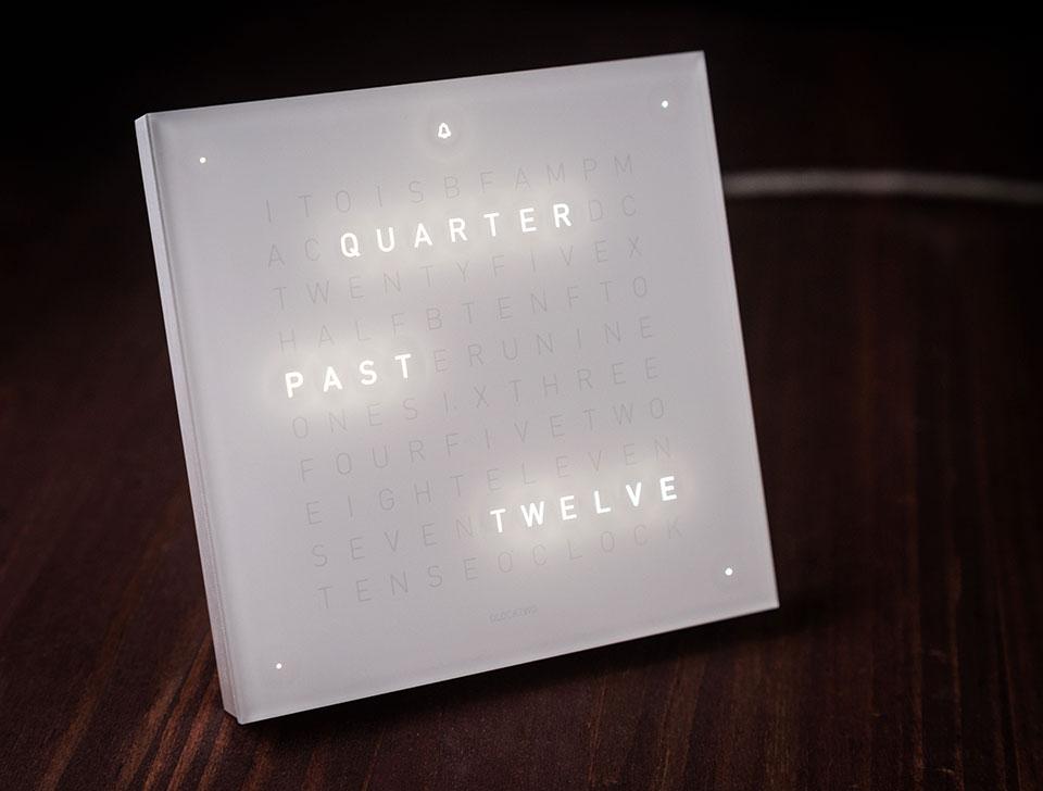 Qlocktwo-Touch-Clock-7