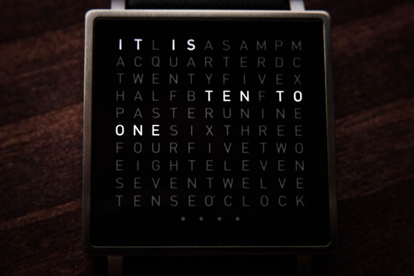 Qlocktwo-W-Watch-3