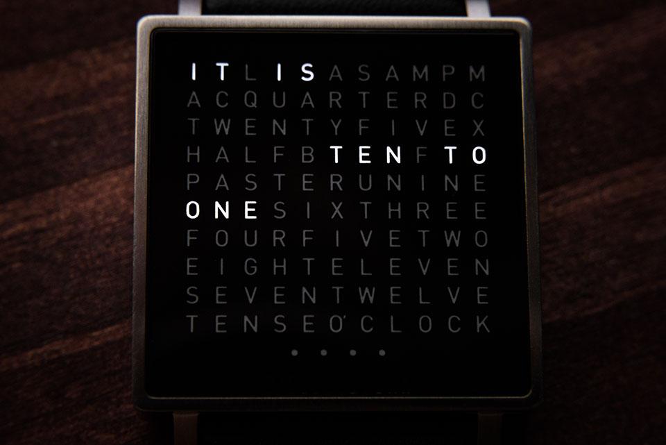 Qlocktwo-W-Watch-3