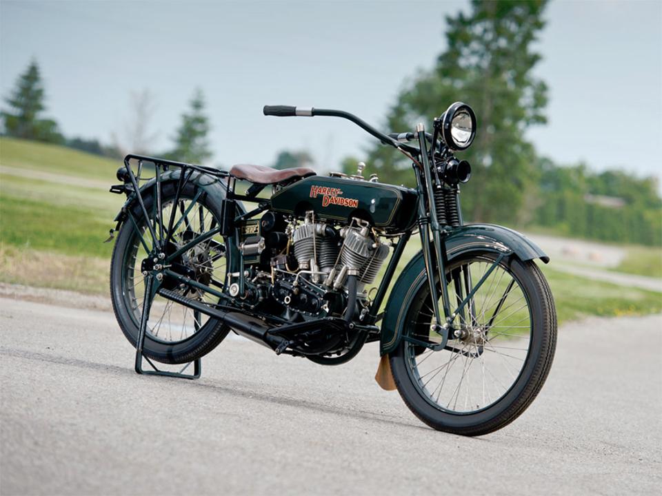 1922 Harley-Davidson JD Motorcycle 1