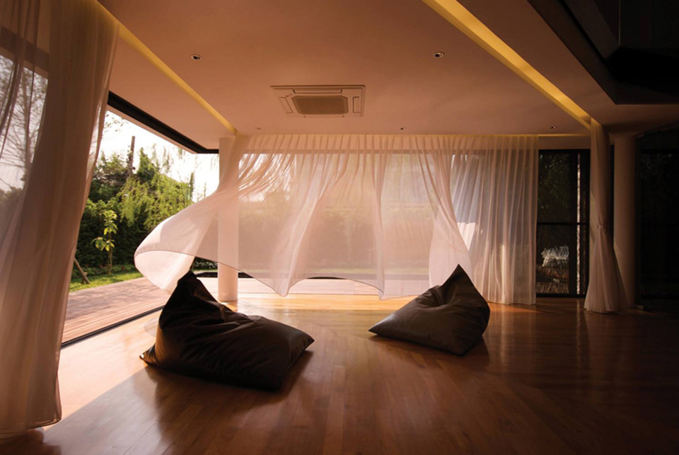 Baan Moom House by IF 5