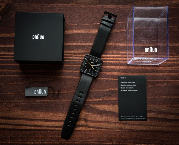 Braun-BN0042-Black-Date-Leather---Packaging