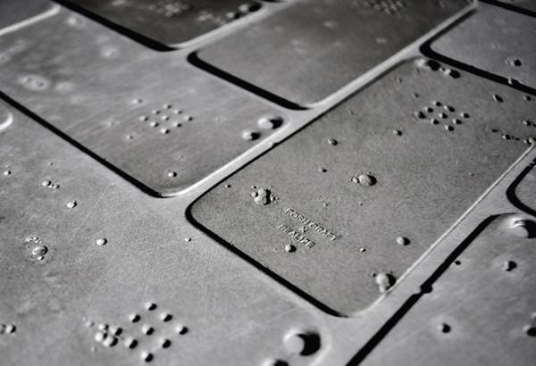Luna Concrete iPhone Case 4 600x410 Luna Concrete iPhone 5 Skin