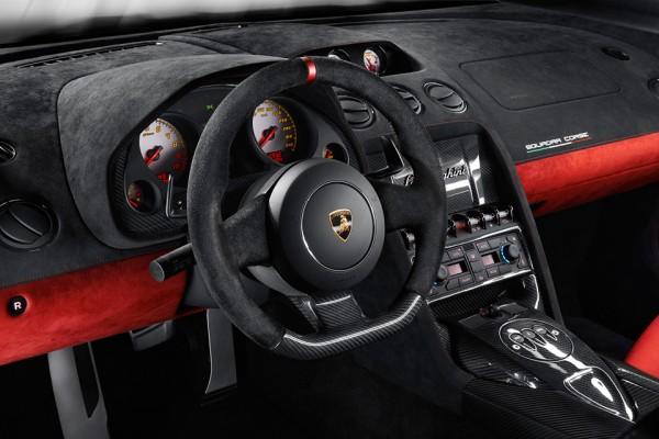 2014 lamborghini gallardo lp 570 4 squadra corse 3 600x400 2014 Lamborghini Gallardo LP 570 4 Squadra Corse