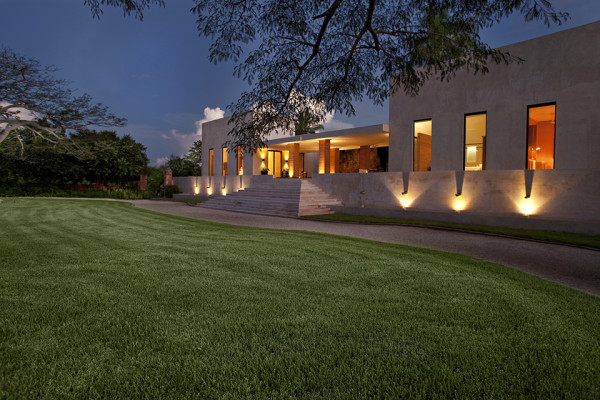 Bacoc Hacienda by Reyes Rios and Larrain Arquitectos 6 600x400 Bacoc Hacienda   Yucatan Peninsula