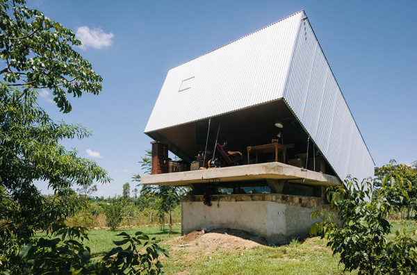 Caja Obscura - The Convertible House 1