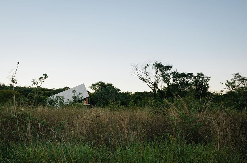 Caja Obscura – The Convertible House 8