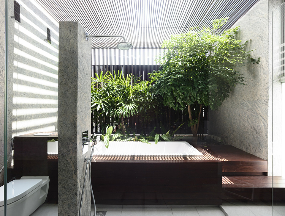 Slim Singapore House by Hyla Architects 6
