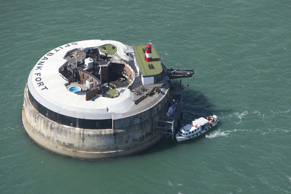 Spitbank Fort Sea Hotel 1