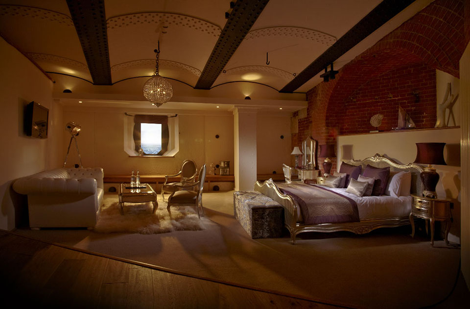 Spitbank Fort Sea Hotel 7