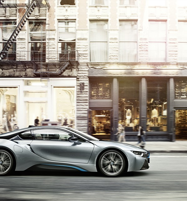 BMW i8 Plug-in Electric Sports Car (11)