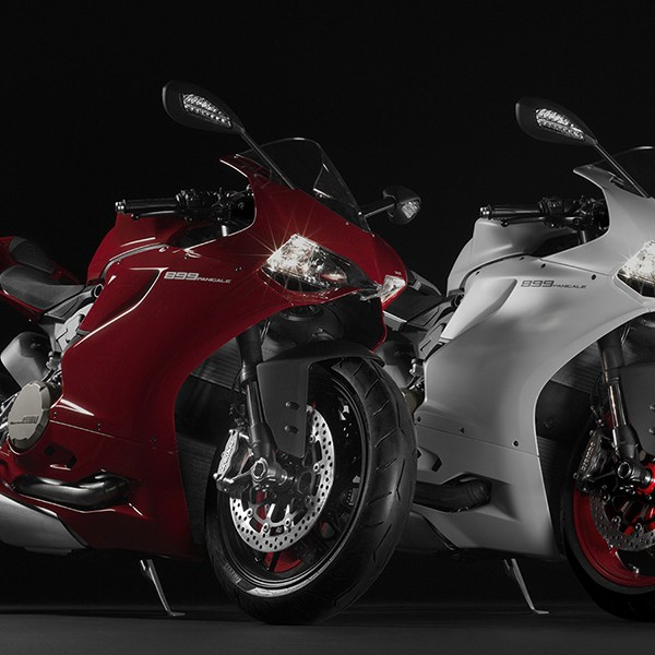 Ducati 899 Panigale Motorcycle 1 600x600 Ducati 899 Panigale Motorcycle