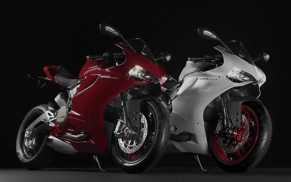 Ducati 899 Panigale Motorcycle 1