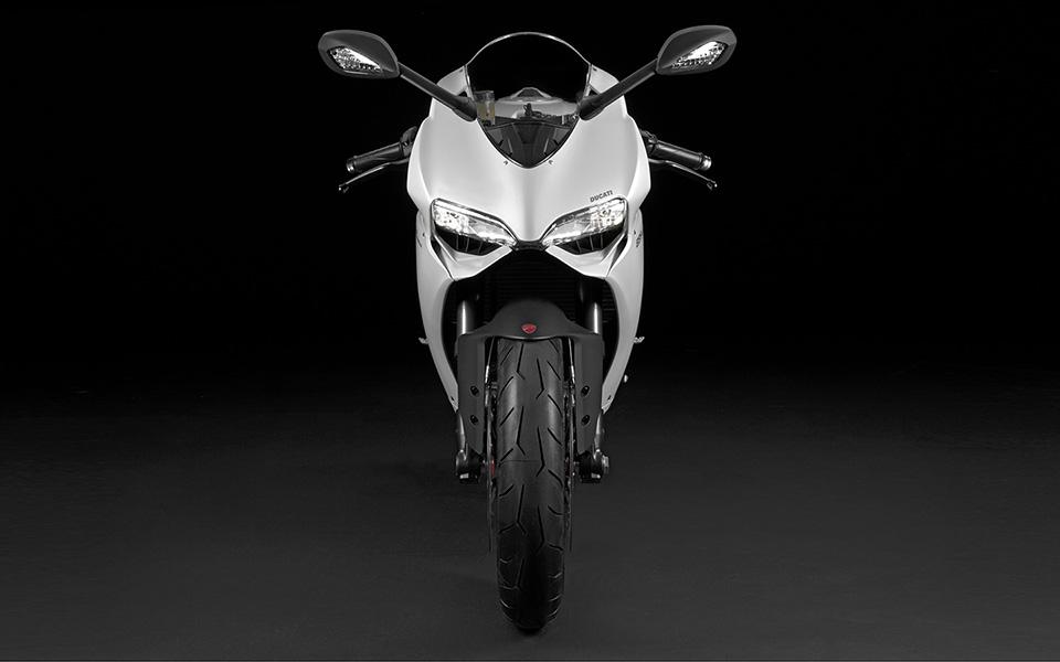 Ducati 899 Panigale Motorcycle 2