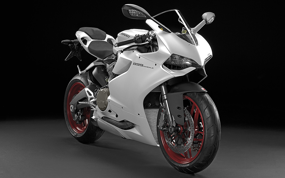 Ducati 899 Panigale Motorcycle 3
