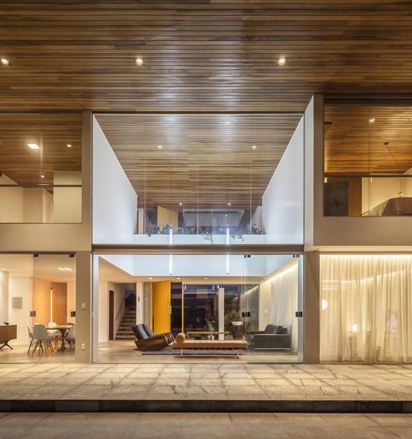 Linhares Dias House by DOMO Arquitetos 17