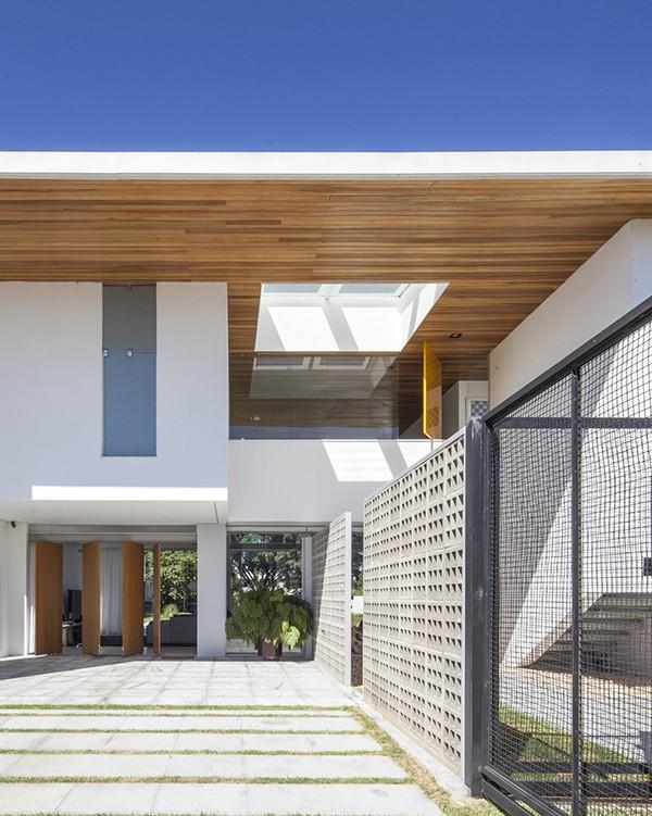 Linhares Dias House by DOMO Arquitetos 7
