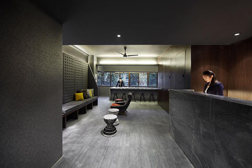 The-POD-Hotel—Singapore-2