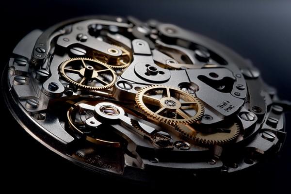 Zenith El Primero Lightweight Watch 3 600x400 Zenith El Primero Lightweight Watch