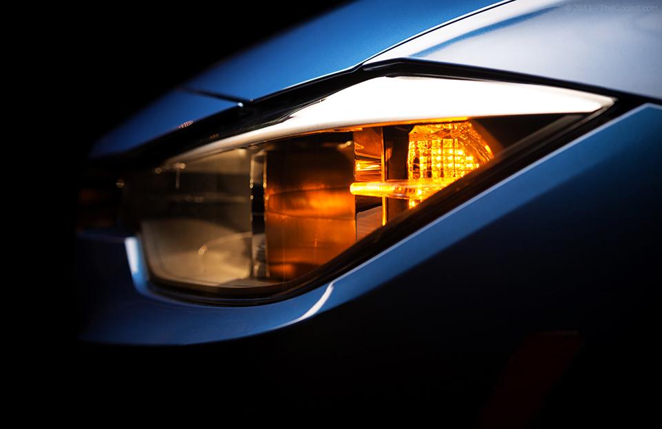 2014-BMW-328d-Head-Light-Side