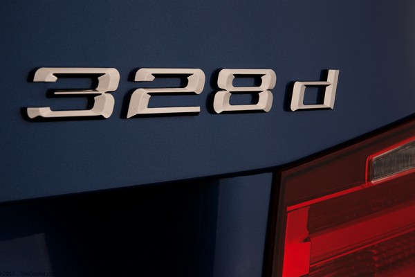 2014-BMW-328d-Model-Badge