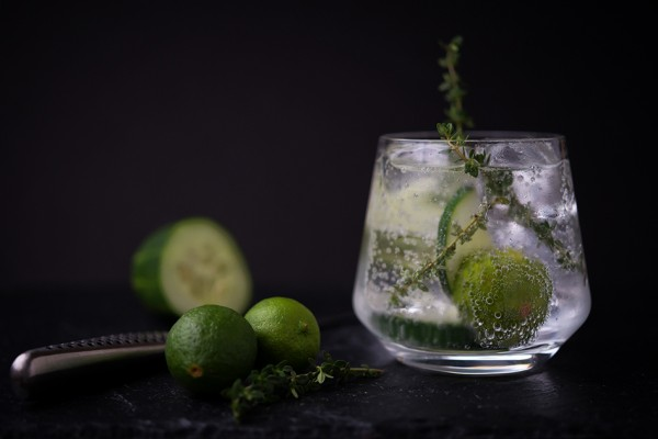 Grilled-Key-Lime-and-Thyme-Tanqueray-and-Tonic