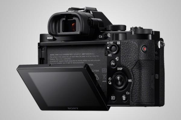 Sony A7 Full Frame Camera 6 600x400 Sony A7 Full Frame Camera