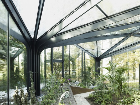 Greenhouse Botanical Garden Grueningen by idA 5