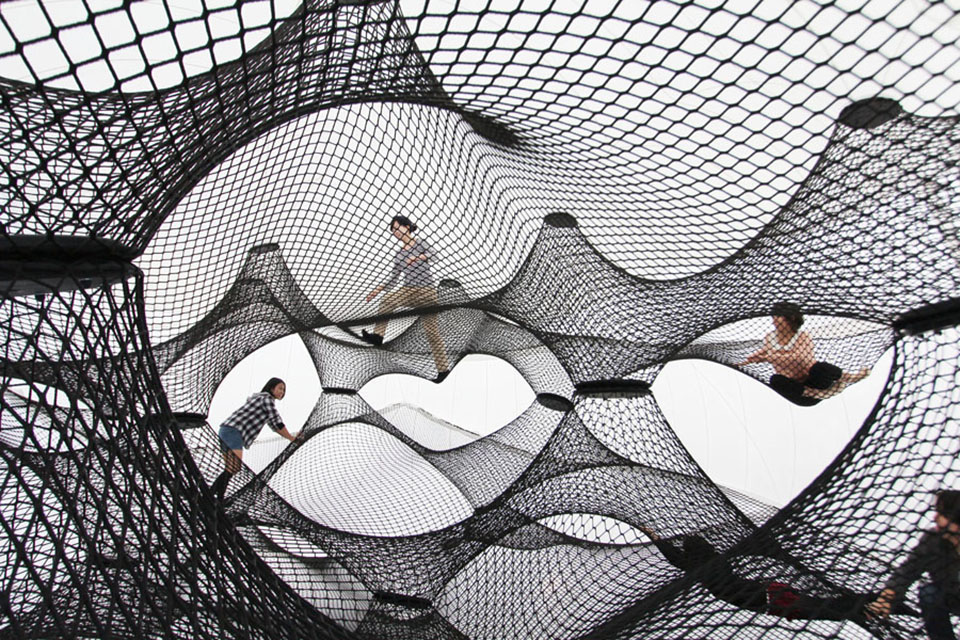 Net Blowup by Numen and ForUse 9