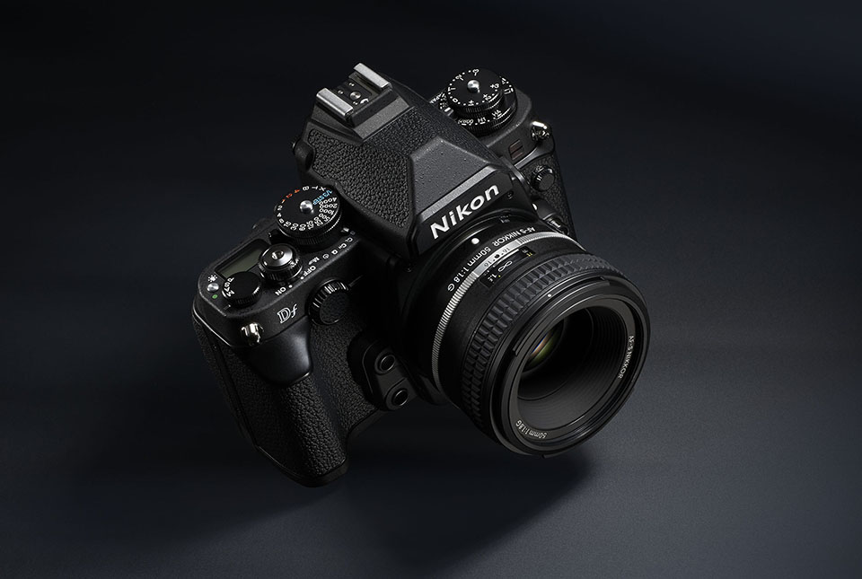 Nikon Df Digital SLR (3)