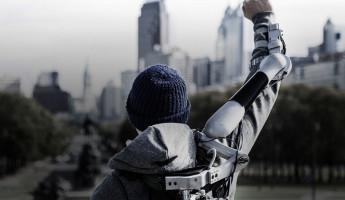Titan Arm Exoskeleton – 2013 Dyson Award Winner