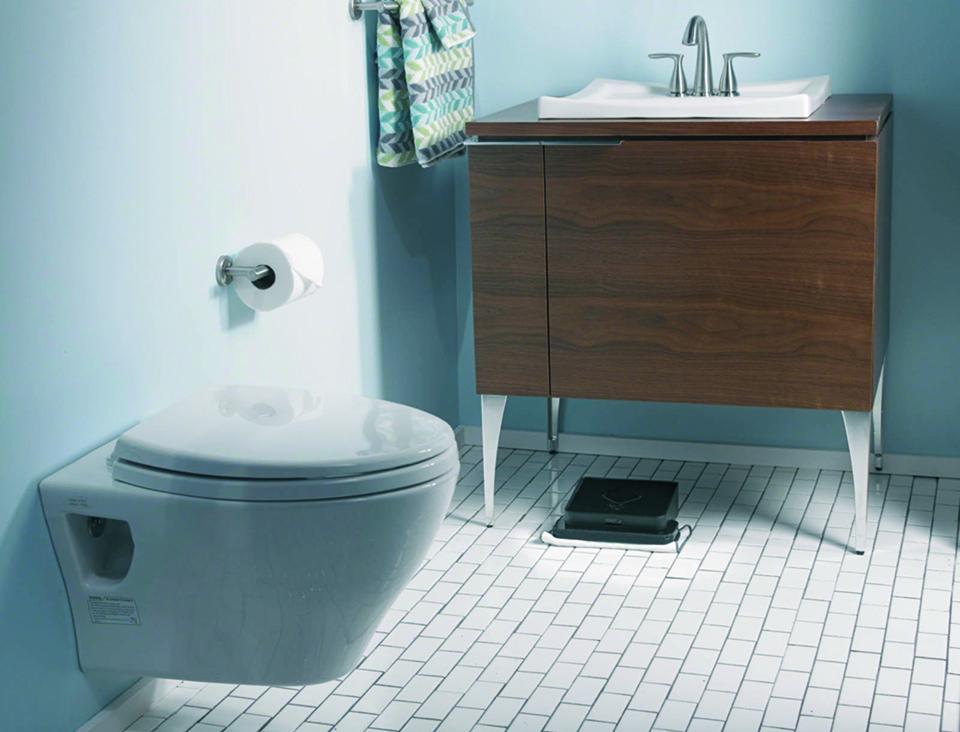 iRobot_Braava_bathroom