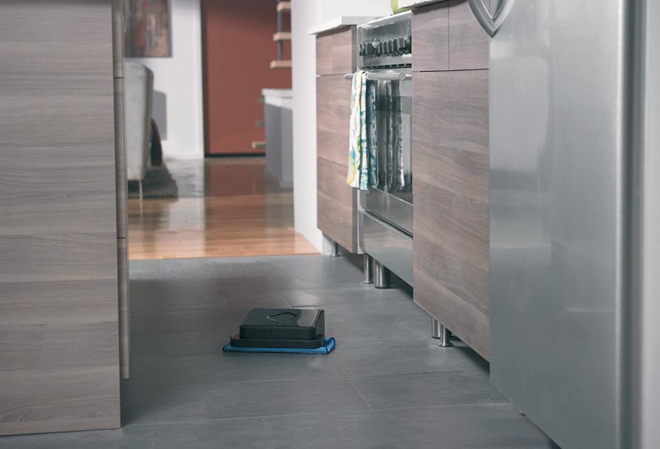 iRobot_Braava_kitchen