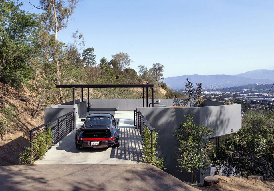 Car Park House by Anonymous Architects 1