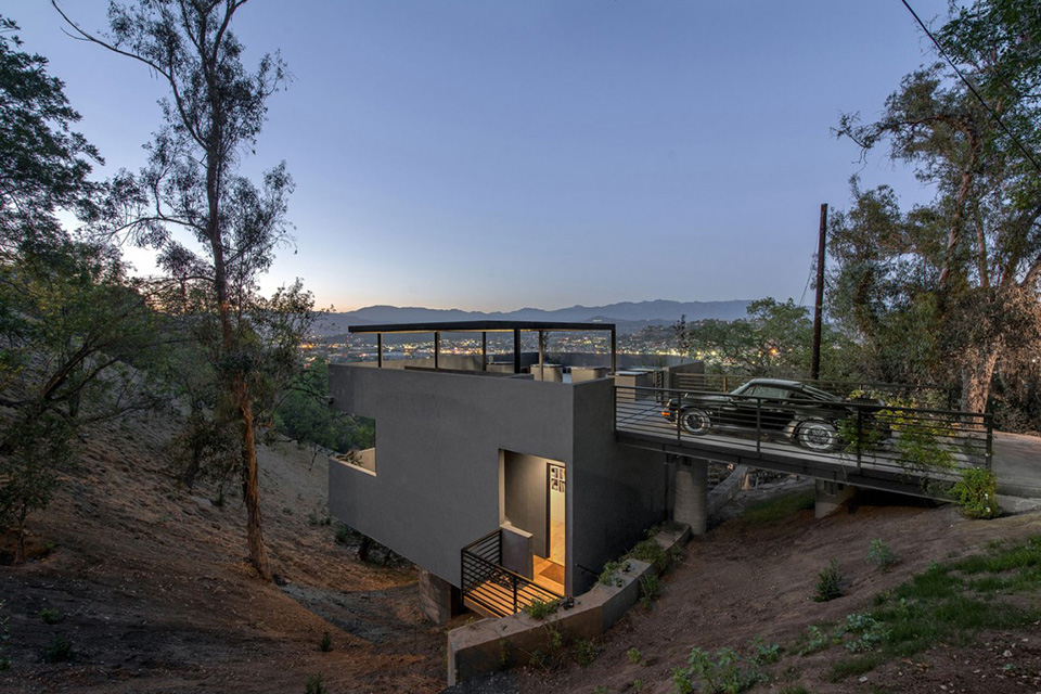 Car Park House by Anonymous Architects 6