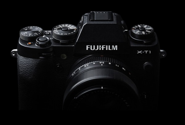 Fujifilm X-T1 Mirrorless IL Camera 2