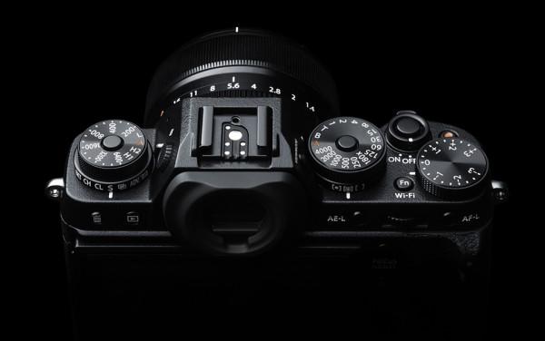 Fujifilm X T1 Mirrorless IL Camera 3 600x376 Fujifilm X T1